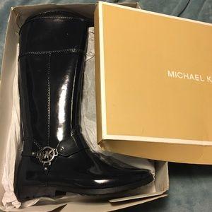 Never been worn Navy Blue Michael Kors Rain Boots